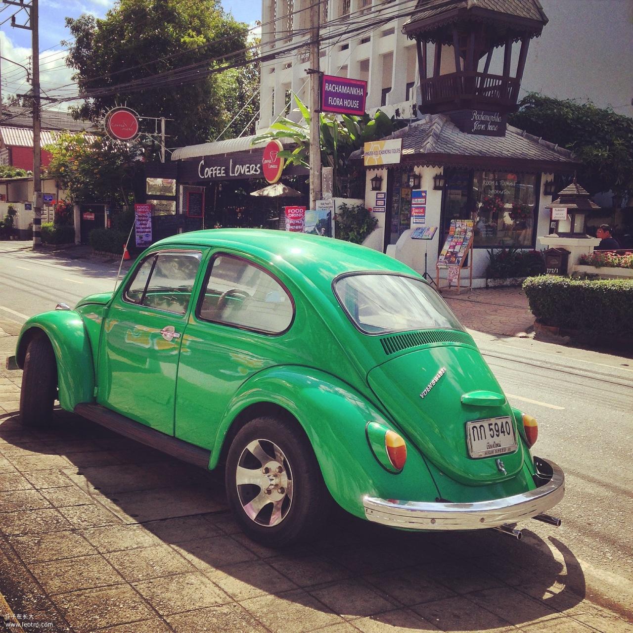 """在清迈会有很多""""老爷车"""",比如这款经典的甲壳虫,美死了!"""