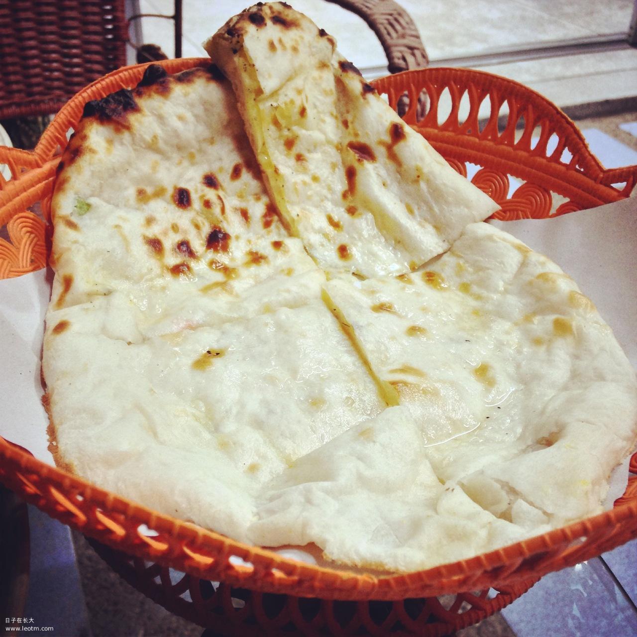 加了葱的印度饼