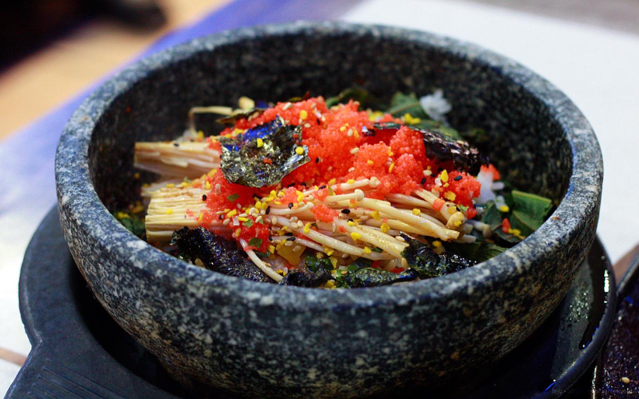 蟹子石锅拌饭