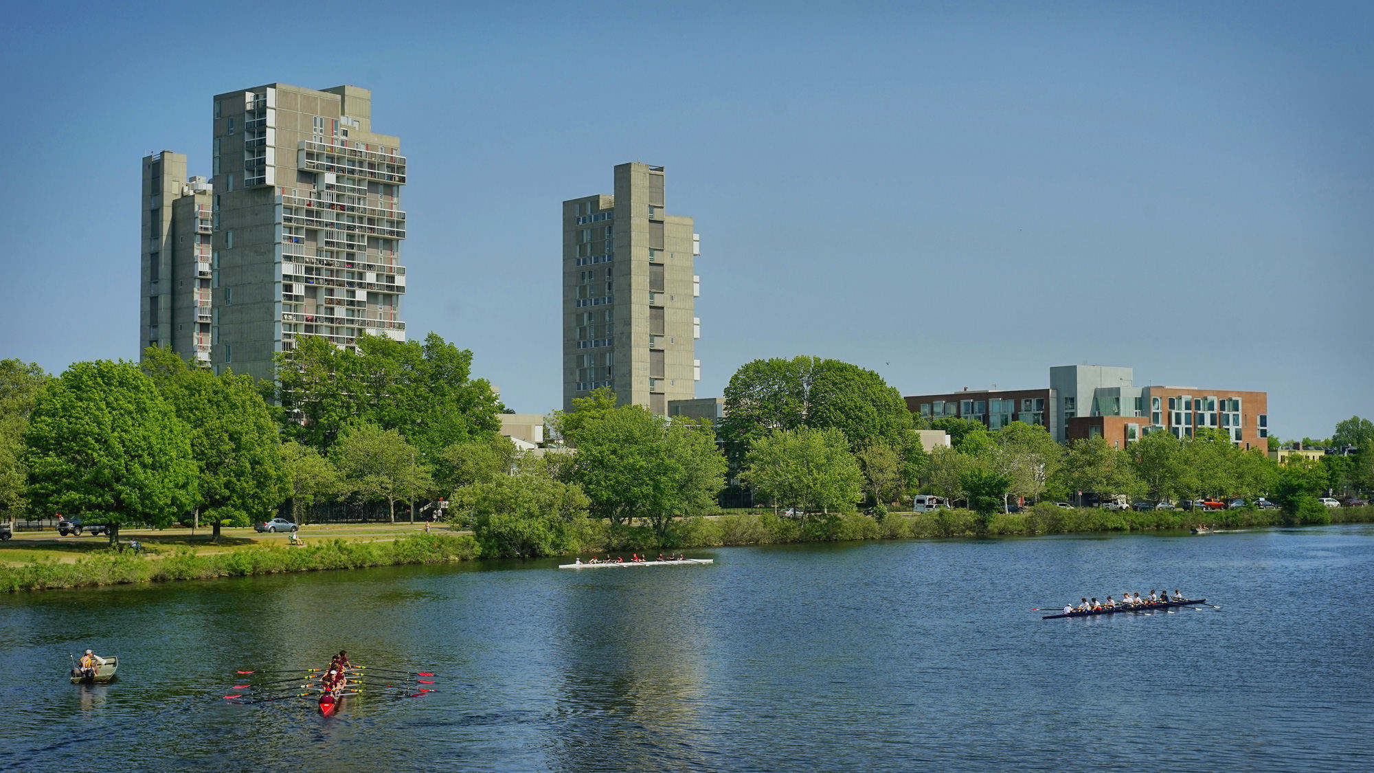 查尔斯河,两岸都是哈佛校园
