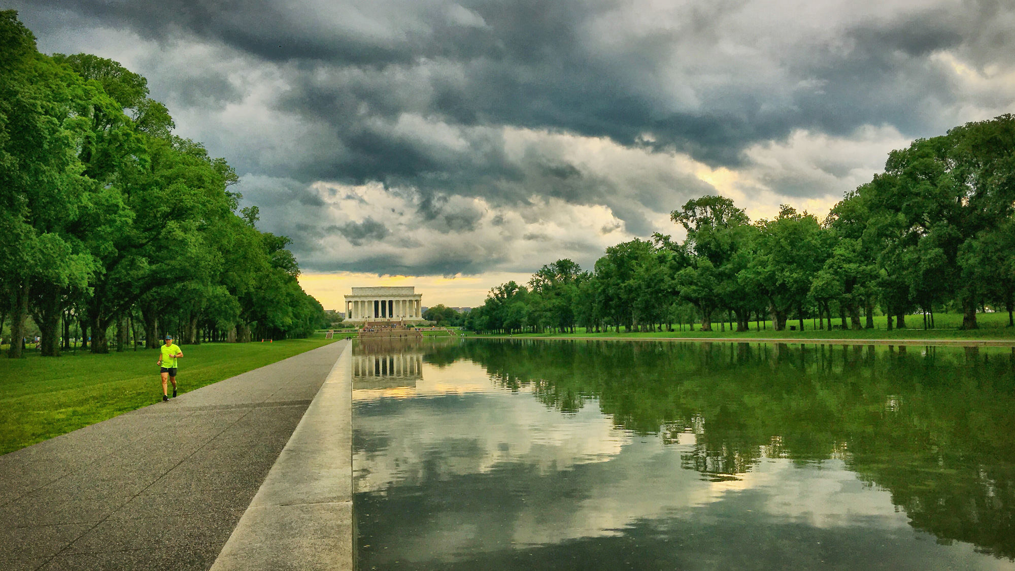 镜湖和林肯纪念堂
