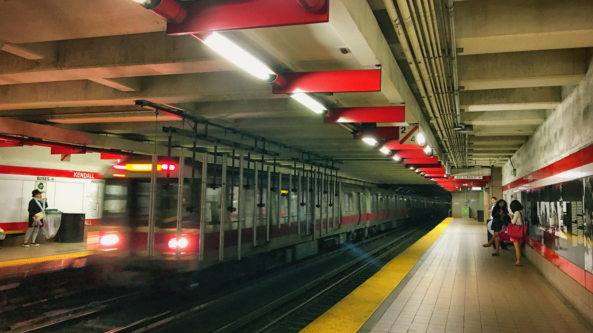 Kendall MIT Station