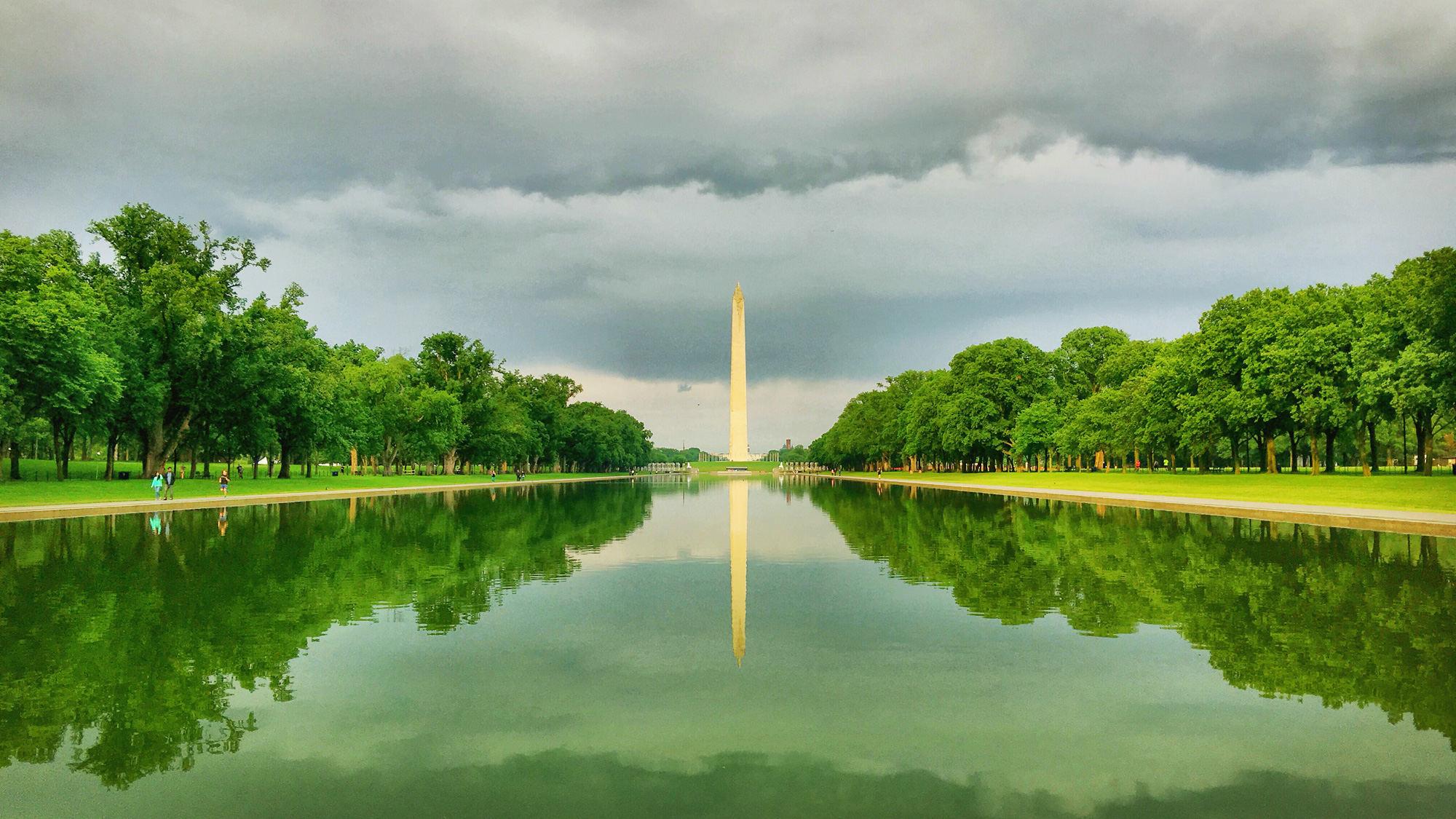 华盛顿纪念碑和镜湖